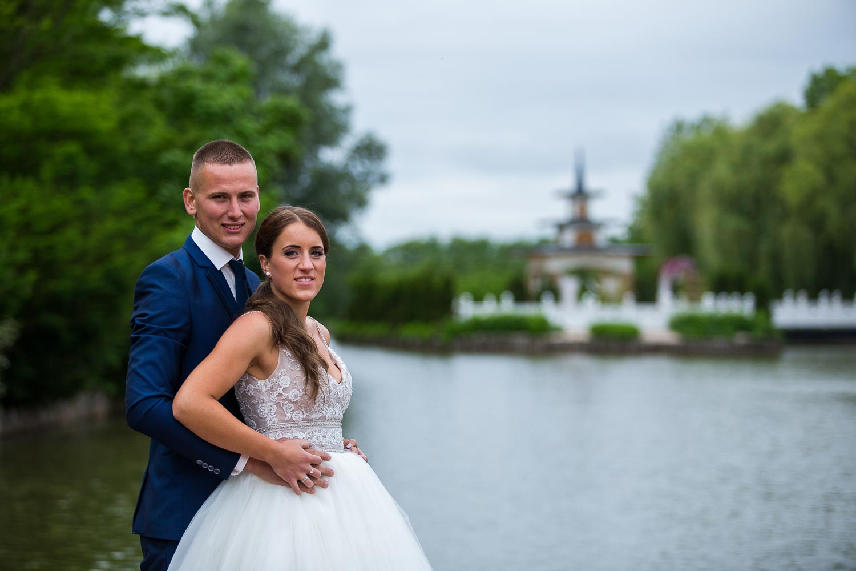 A és S esküvői sorozata